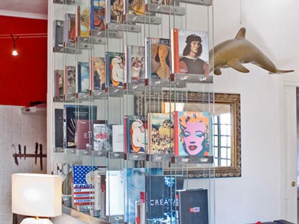 Libreria in cristallo e acciaio cromato